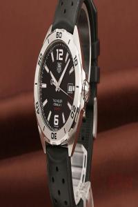 奢侈品回收店一般几折回收泰格豪雅F1手表