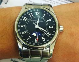 康斯登二手能卖多少钱?这个牌子的手表保值吗