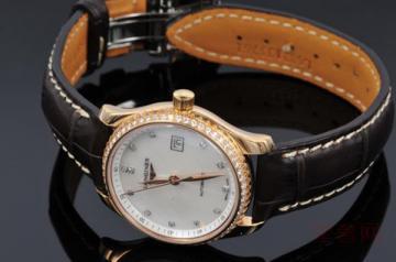 浪琴2013年男款机械手表二手回收值多少