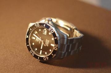 泰格豪雅手表回收多少钱怎么估算